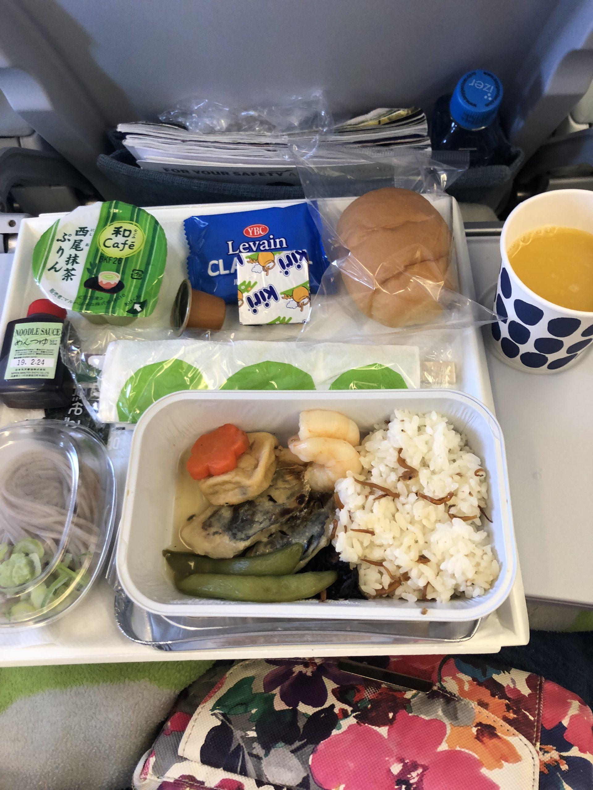 フィンエアーで食べた機内食