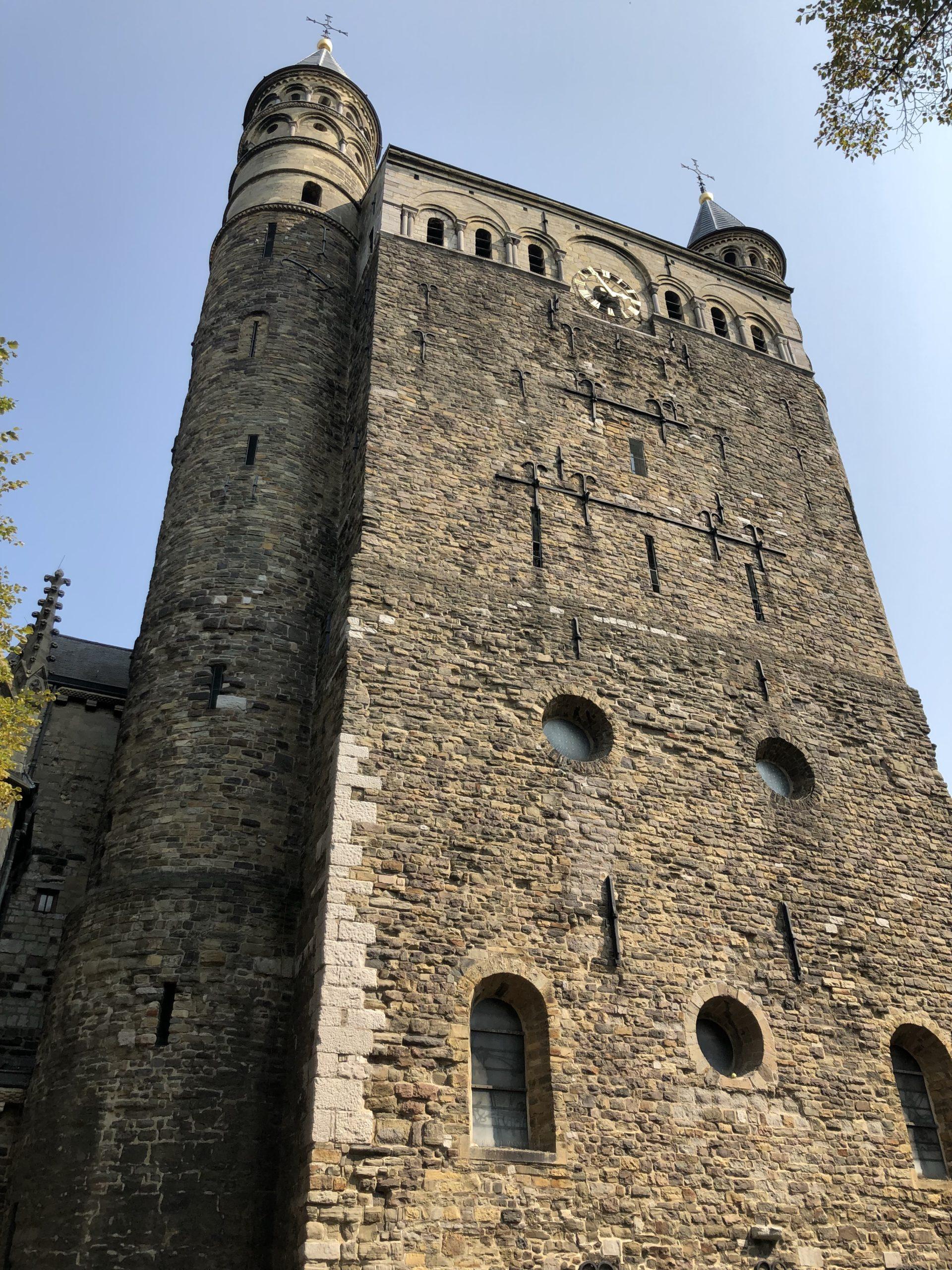 オランダマーストリヒト聖母マリア教会中世の建物