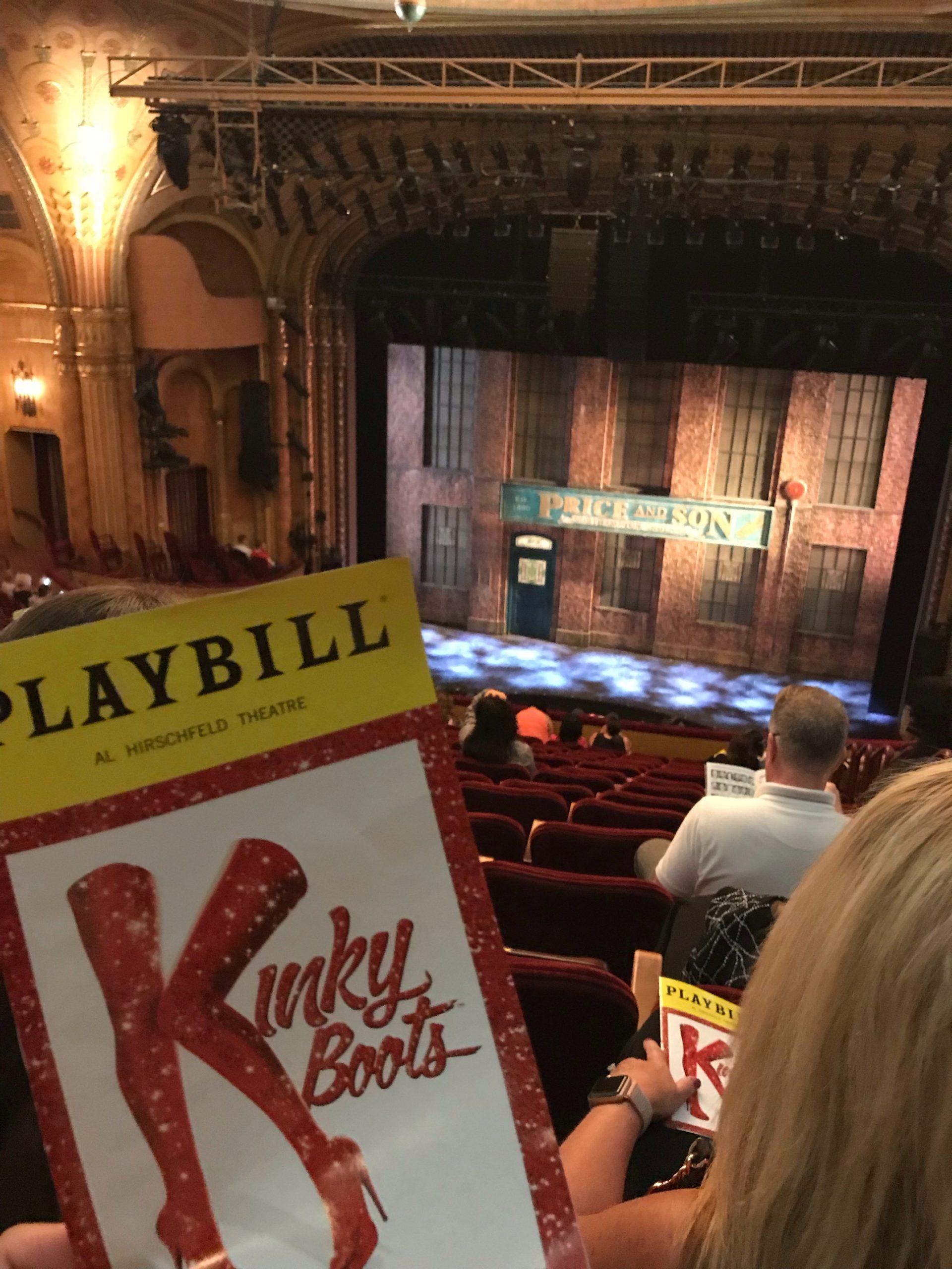 アメリカ横断中にNYに行った写真 ブロードウェイミュージカルでキンキーブーツを見た写真