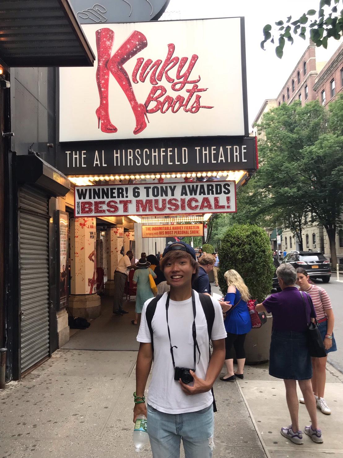アメリカ横断中にNYに行った写真 ブロードウェイミュージカルでキンキーブーツを見たときの写真