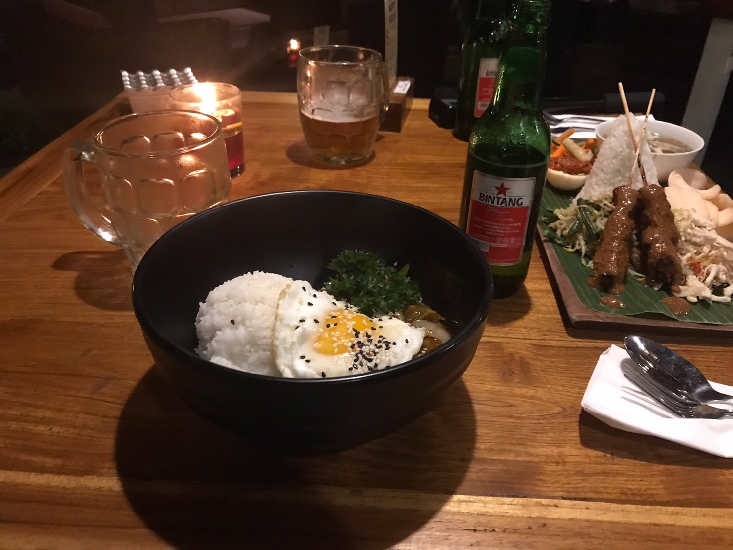 ウブド バリ島 夜ごはんを食べた写真