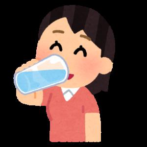 お水飲む人